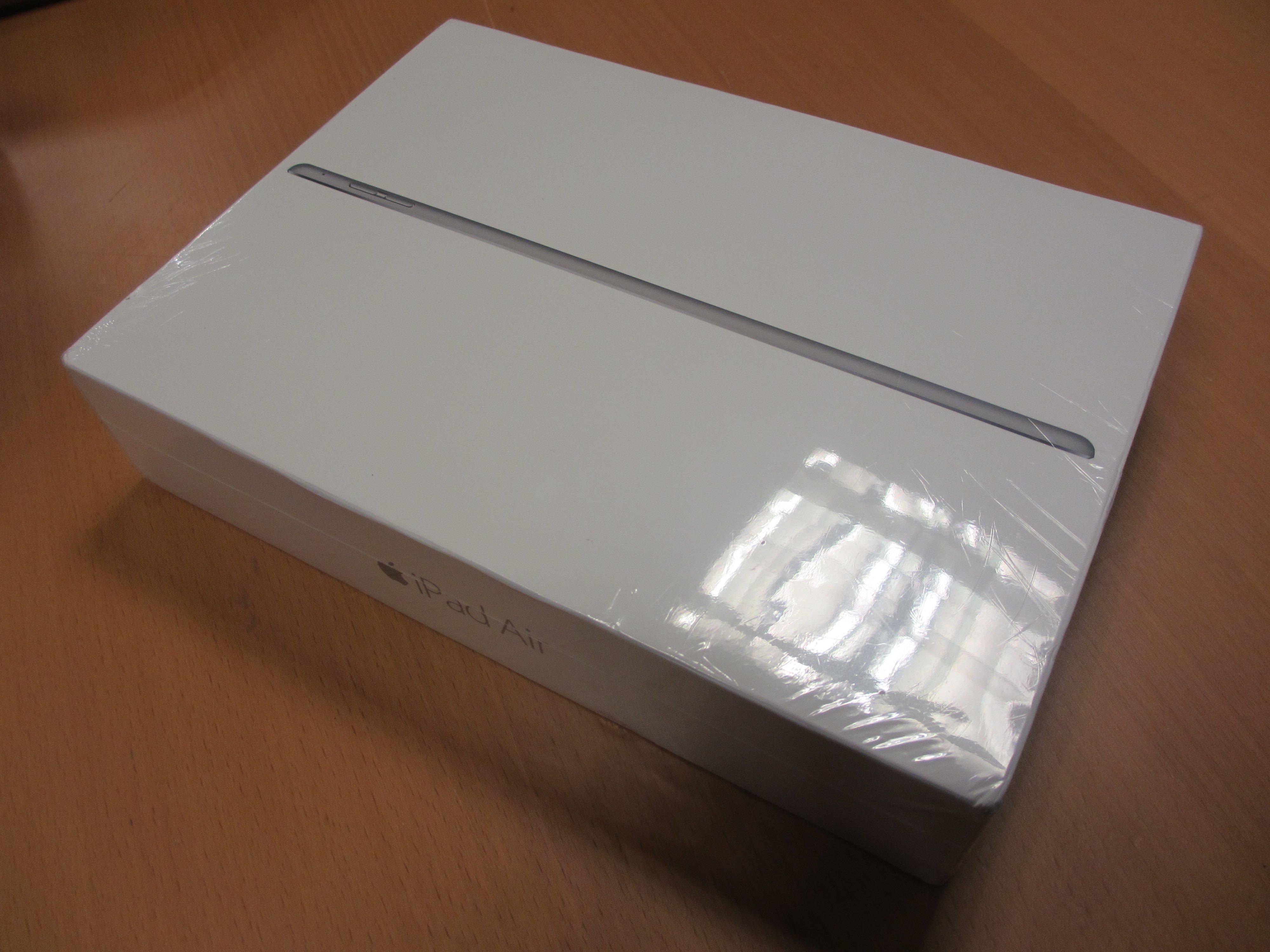 Ipad Air 2 Box Contents Ipad Air 2 Wi-fi 16gb Space