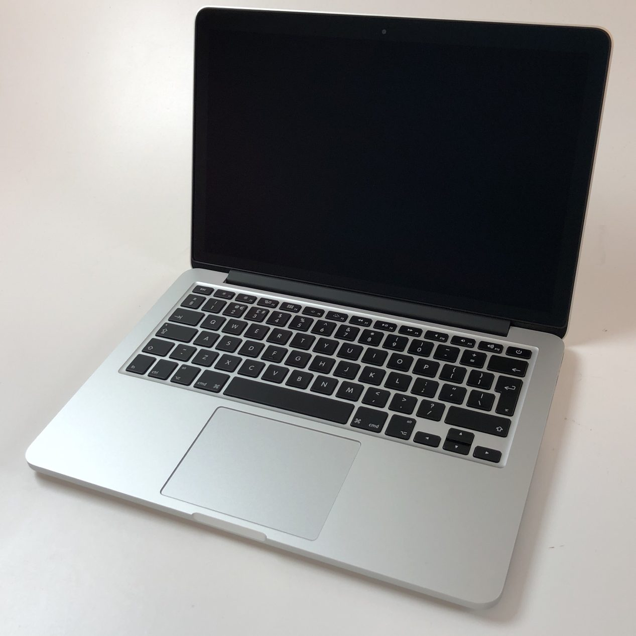 "MacBook Pro Retina 13"" Early 2015 (Intel Core i5 2.9 GHz 16 GB RAM 1 TB SSD), Intel Core i5 2.9 GHz, 16 GB RAM, 1 TB SSD, image 1"