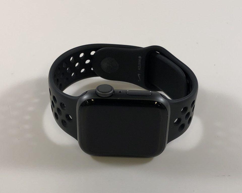 Watch Series 4 Aluminum (40mm), Space Gray, Black Nike Sport Loop, image 2