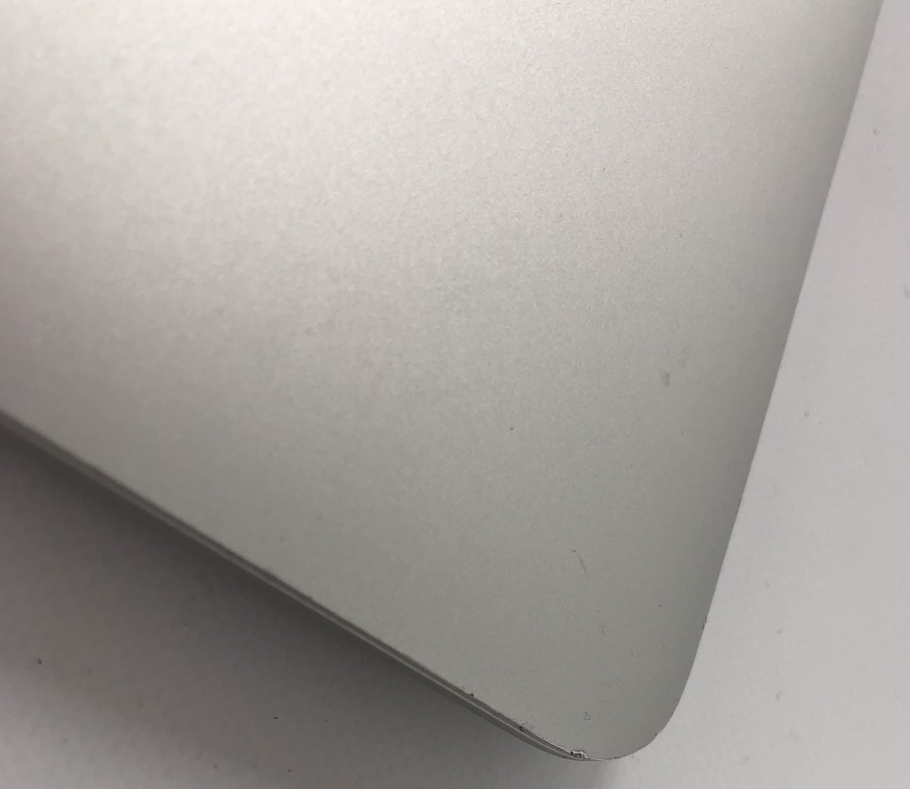 "MacBook Air 13"" Early 2015 (Intel Core i5 1.6 GHz 8 GB RAM 256 GB SSD), Intel Core i5 1.6 GHz, 8 GB RAM, 256 GB SSD, image 4"
