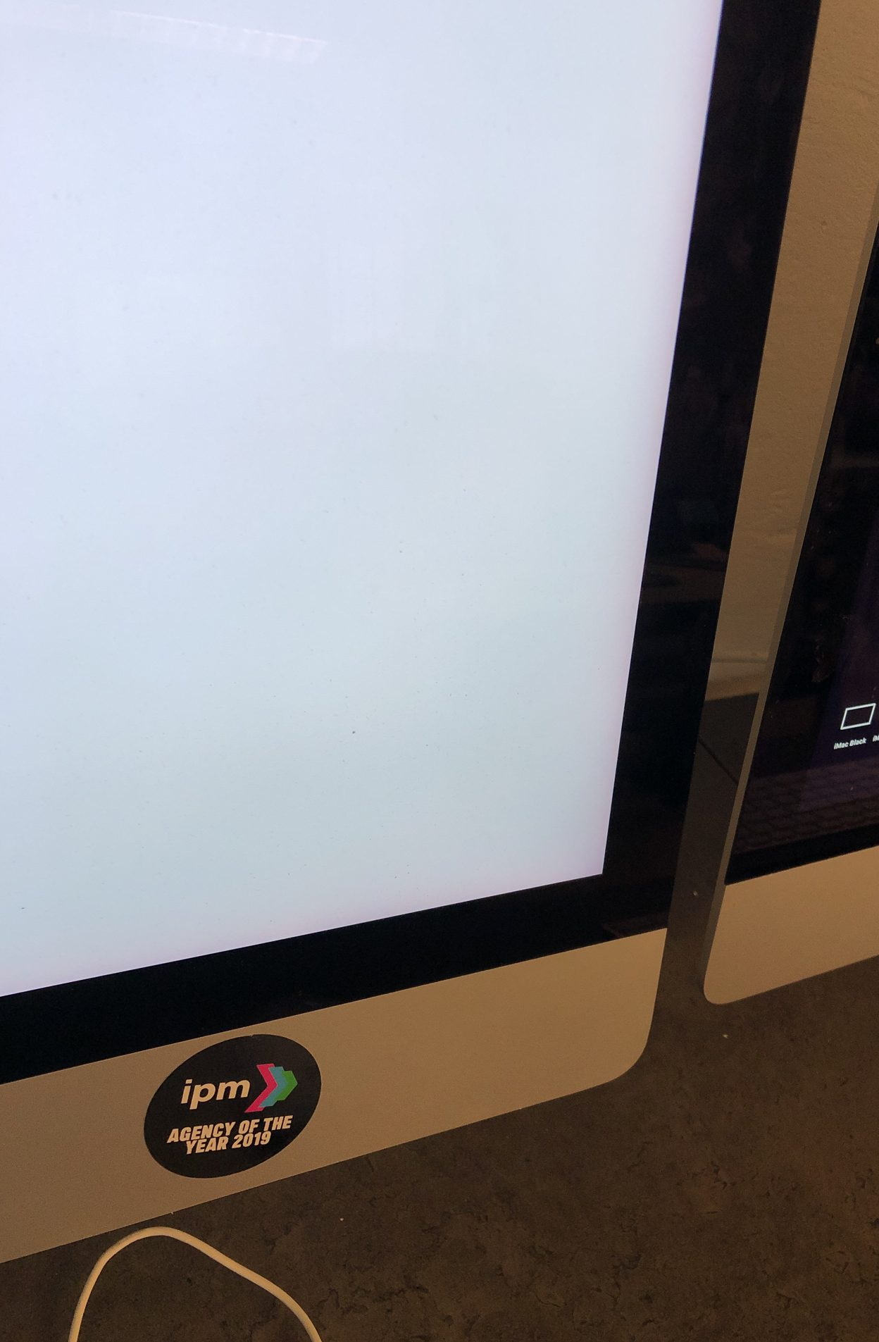 "iMac 27"" Retina 5K Late 2015 (Intel Quad-Core i7 4.0 GHz 32 GB RAM 1 TB Fusion Drive), Intel Quad-Core i7 4.0 GHz, 32 GB RAM, 1 TB Fusion Drive, Kuva 5"