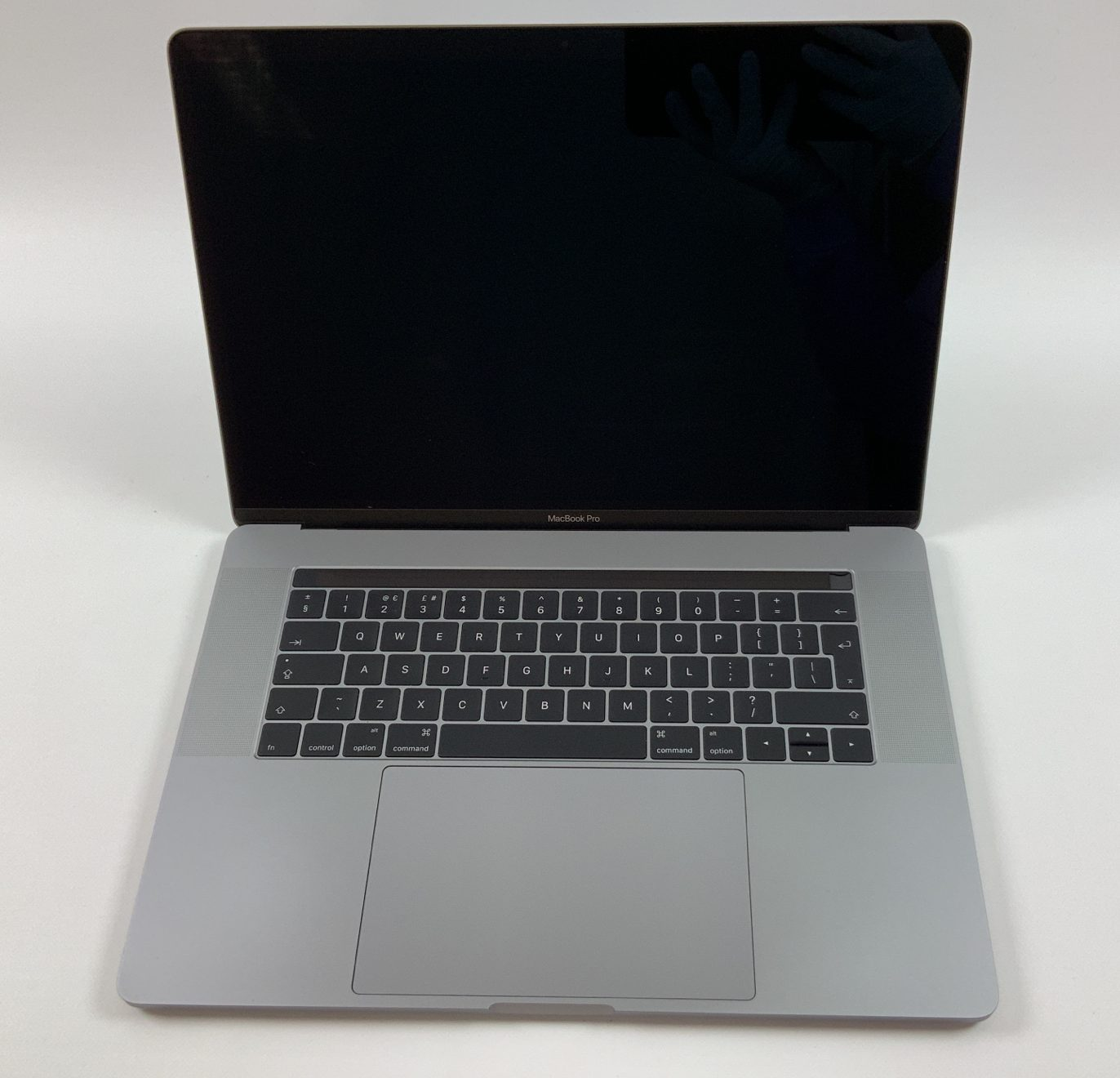 "MacBook Pro 15"" Touch Bar Late 2016 (Intel Quad-Core i7 2.7 GHz 16 GB RAM 512 GB SSD), Space Gray, Intel Quad-Core i7 2.7 GHz, 16 GB RAM, 512 GB SSD, Afbeelding 1"