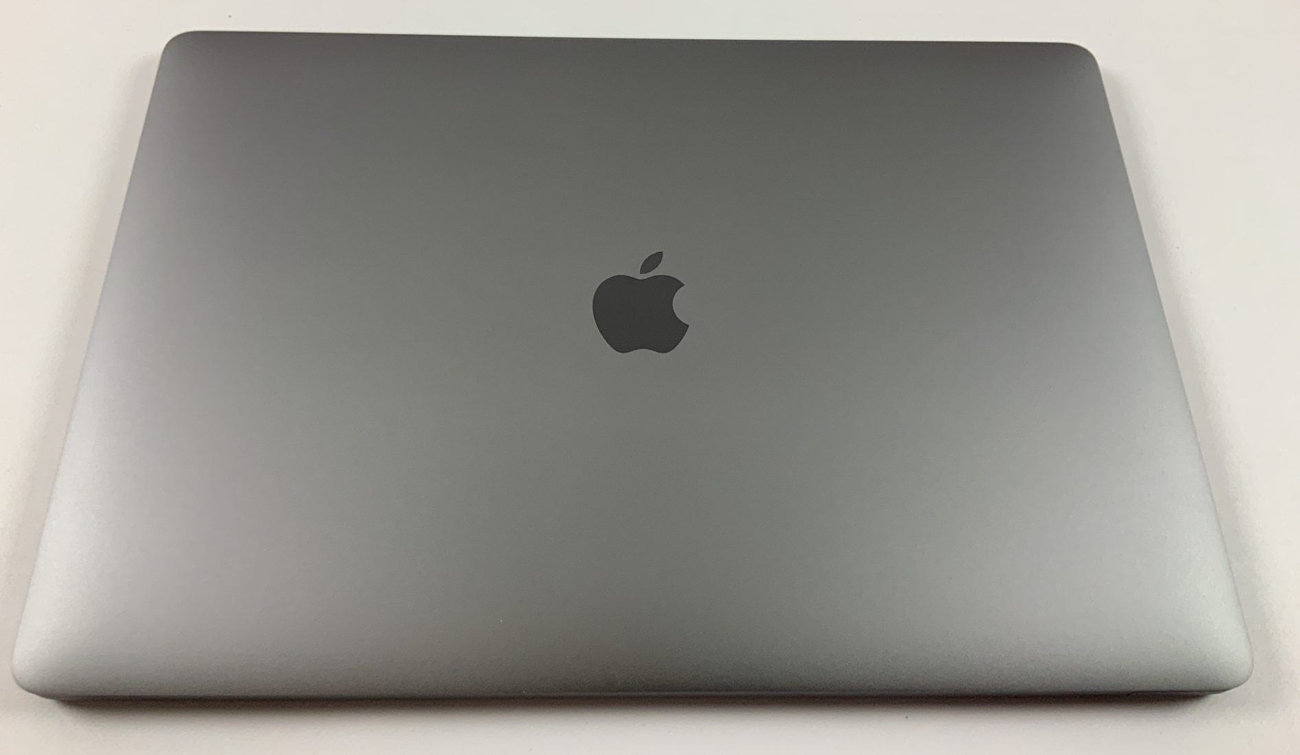 "MacBook Pro 15"" Touch Bar Late 2016 (Intel Quad-Core i7 2.7 GHz 16 GB RAM 512 GB SSD), Space Gray, Intel Quad-Core i7 2.7 GHz, 16 GB RAM, 512 GB SSD, Afbeelding 2"