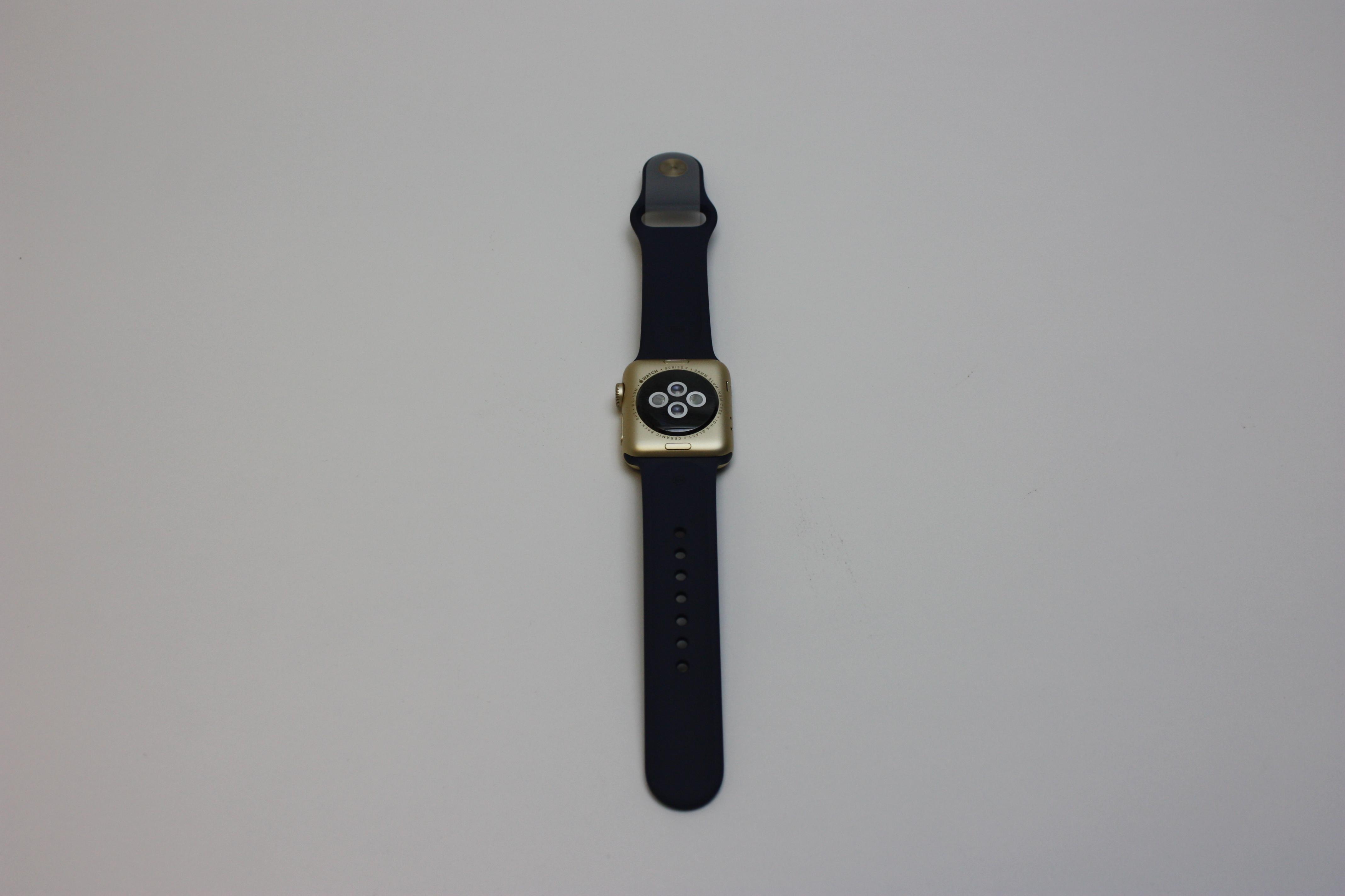 Watch Series 2(Alum) 38MM (2nd gen), Midnight Blue Sport, image 2