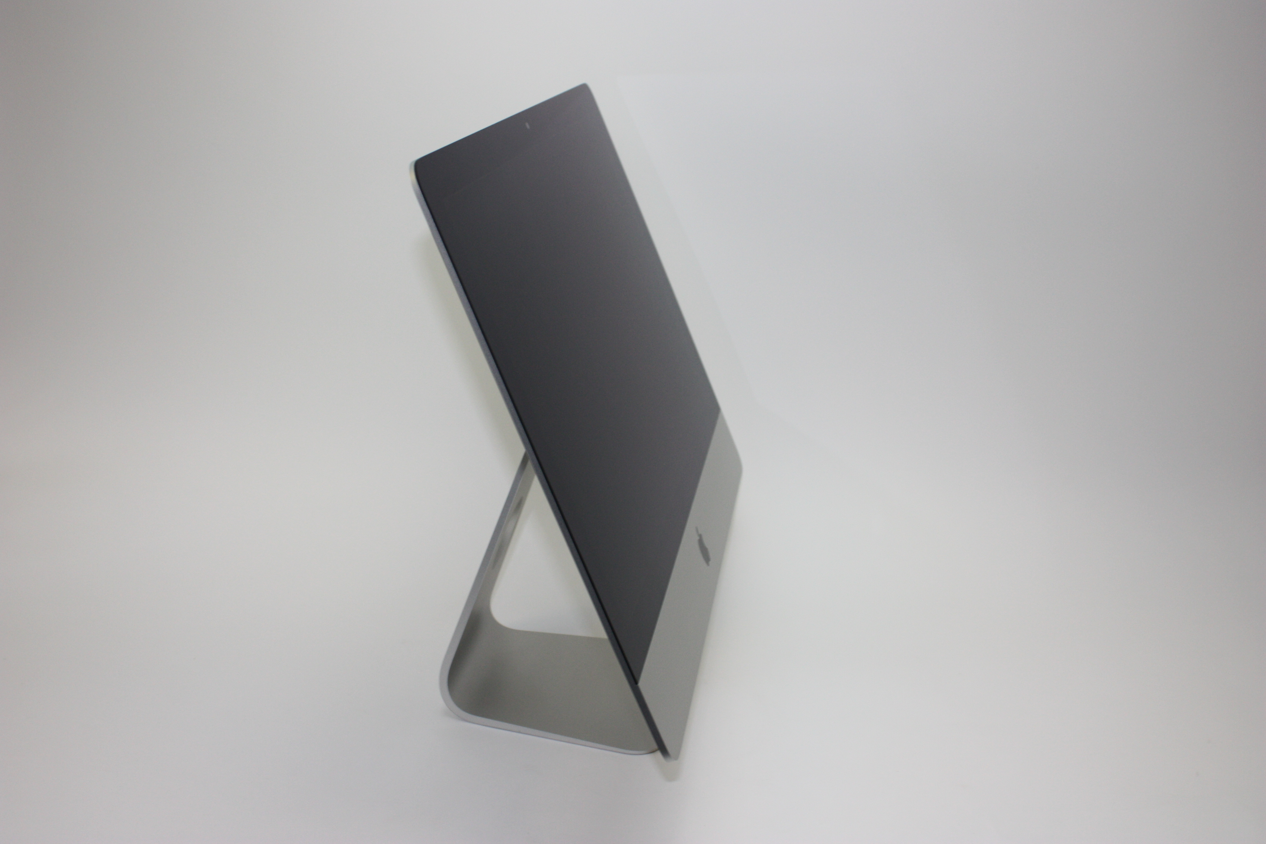 iMac (21.5-inch Late 2013), 2.9 GHz Intel Core i5, 8 GB 1600 MHz DDR3, 1 TB SATA Disk, Product age: 34 months, image 3