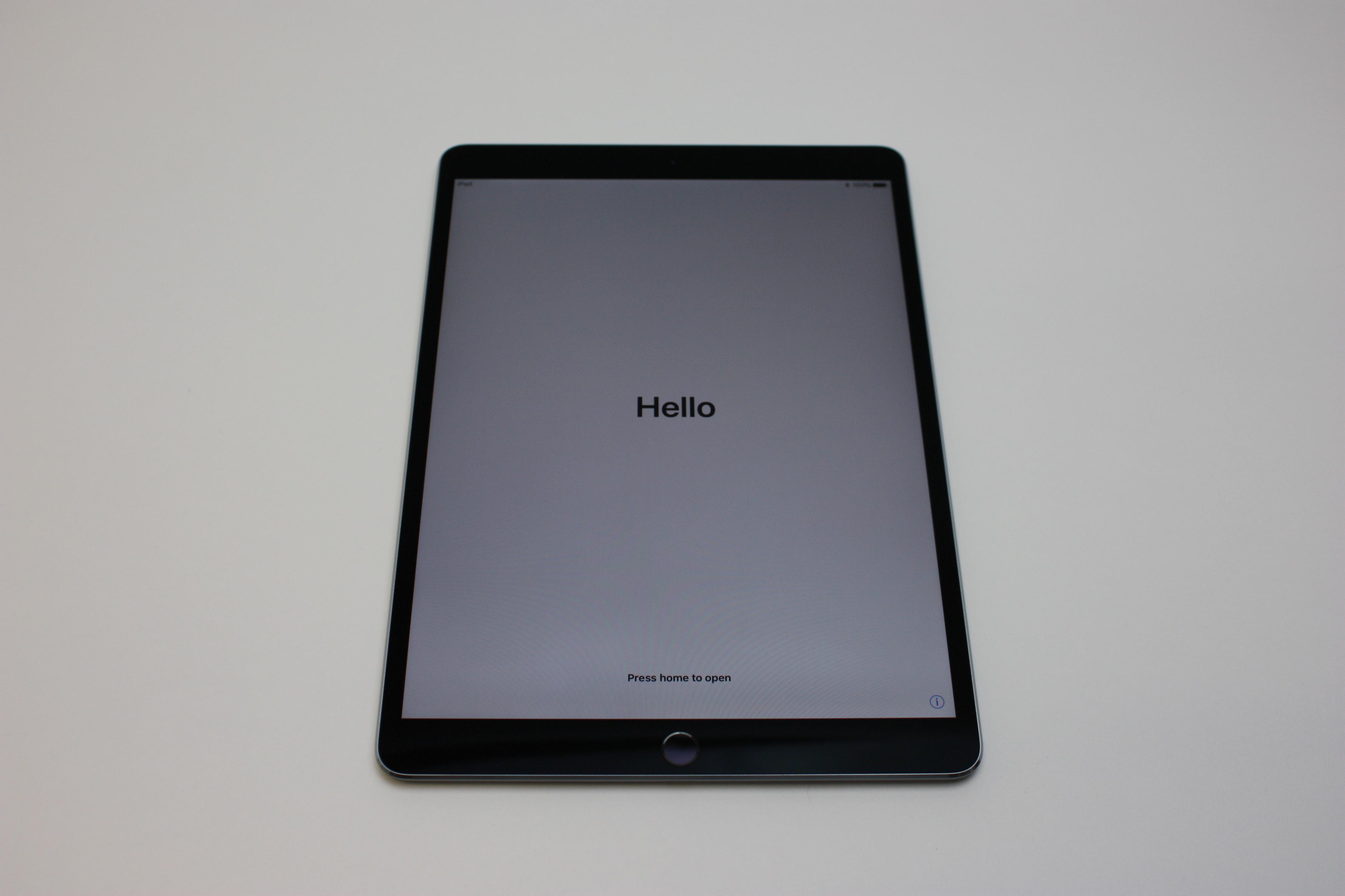 iPad Pro 10.5-inch Wi-Fi, 64 GB, Space Grey, image 1