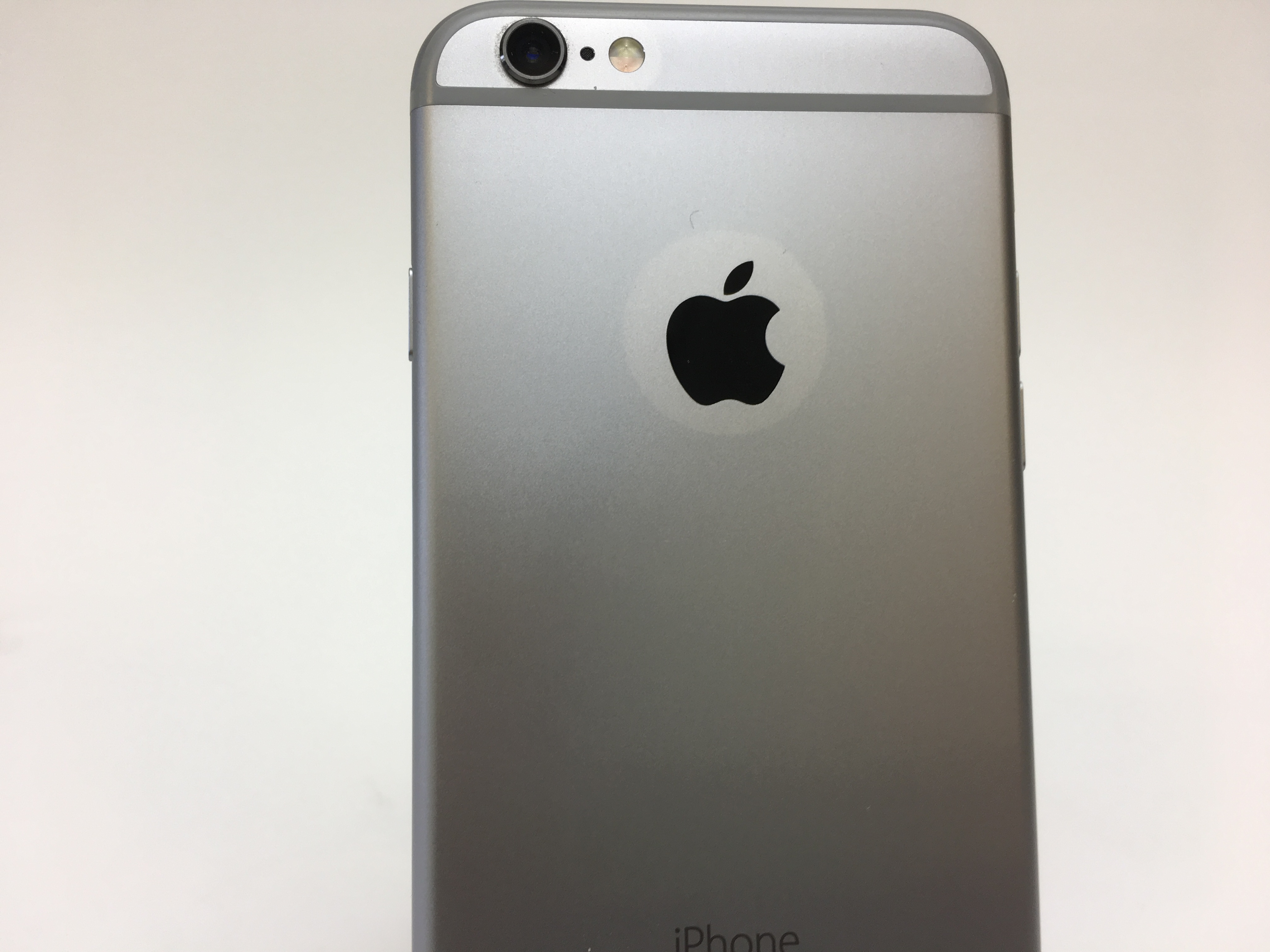 iPhone 6S, 16 GB, Space Grey, Product age: 30 months, image 3