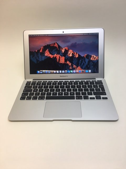 MacBook Air 11-inch, 1.4 GHz Intel Core i5, 4GB, 128 GB Storage, image 1