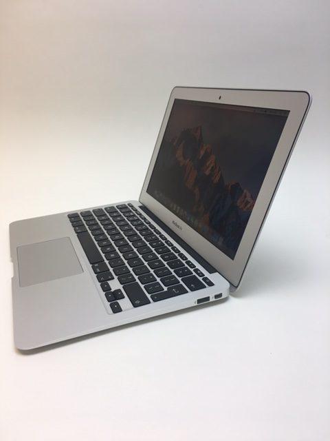 MacBook Air 11-inch, 1.4 GHz Intel Core i5, 4GB, 128 GB Storage, image 3