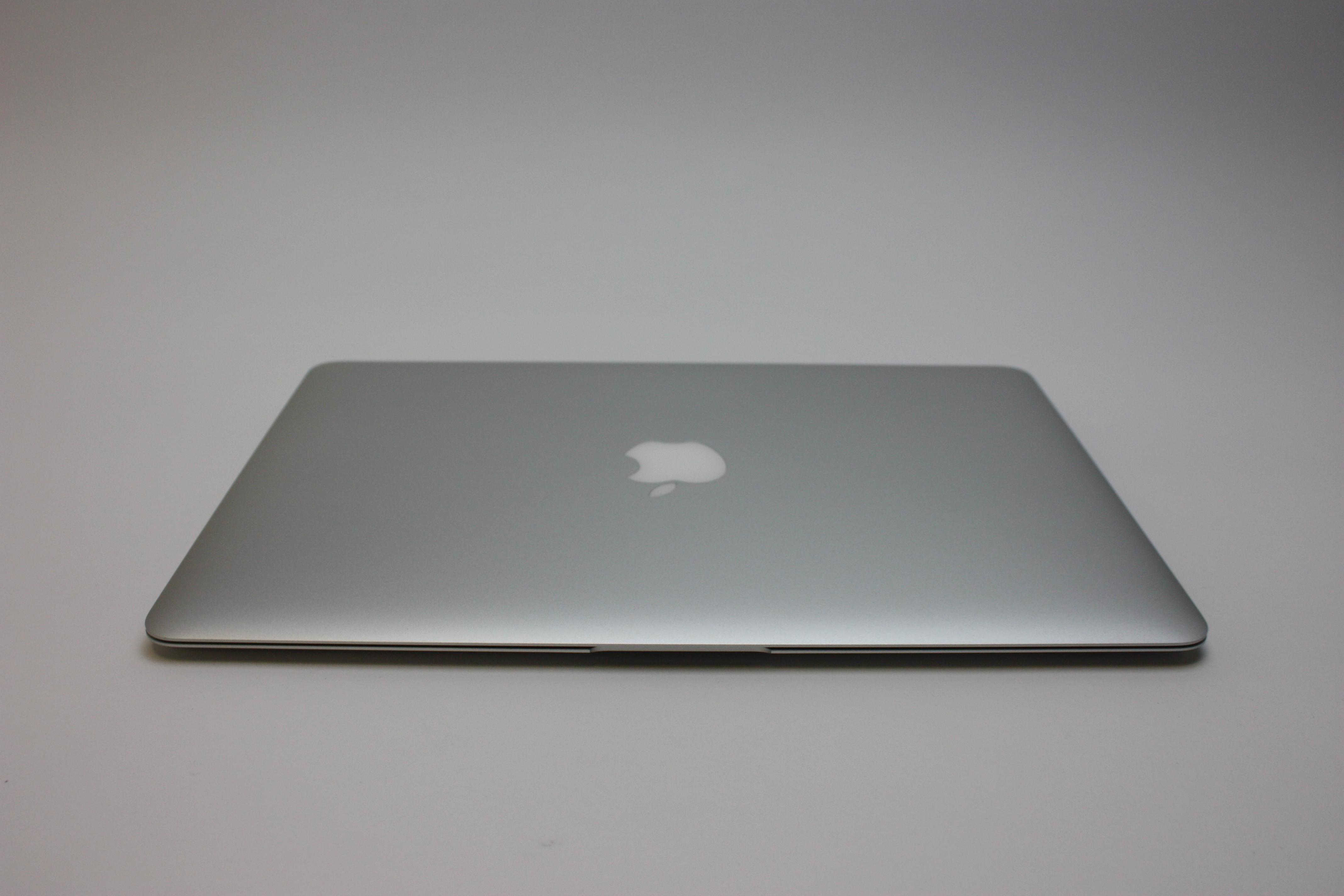 MacBook Air 13-inch, 1.6 GHz Core i5 (I5-5250U), 8 GB 1600 MHz DDR3, 128 GB Flash Storage, image 4