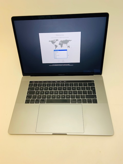 "MacBook Pro 15"" Touch Bar Late 2016 (Intel Quad-Core i7 2.7 GHz 16 GB RAM 512 GB SSD), Space Gray, Intel Quad-Core i7 2.7 GHz, 16 GB RAM, 512 GB SSD, image 1"