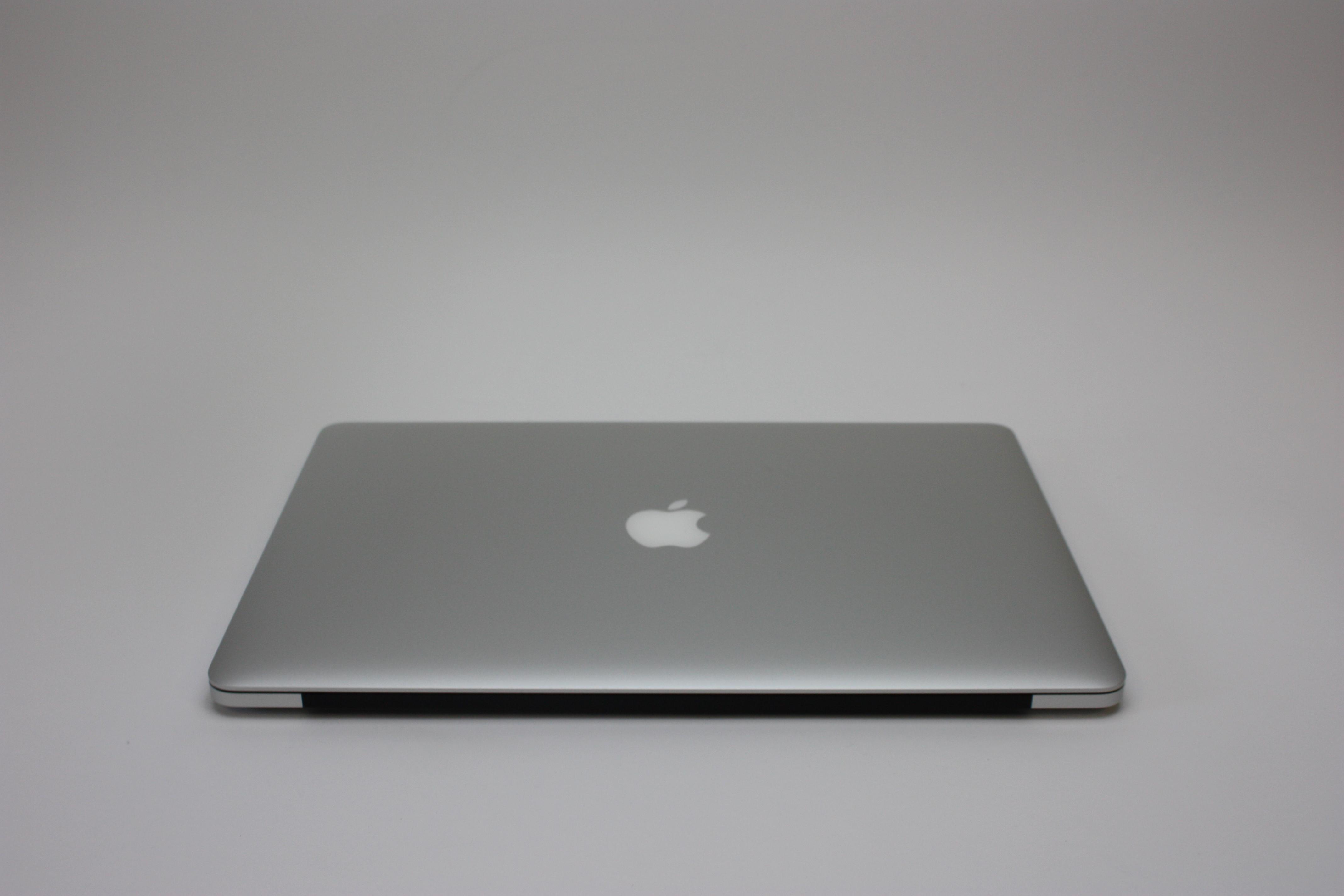 MacBook Pro 15-inch Retina, 2.2 GHz Intel Core i7, 16 GB 1600 MHz DDR3, 256 GB Flash Storage, image 6