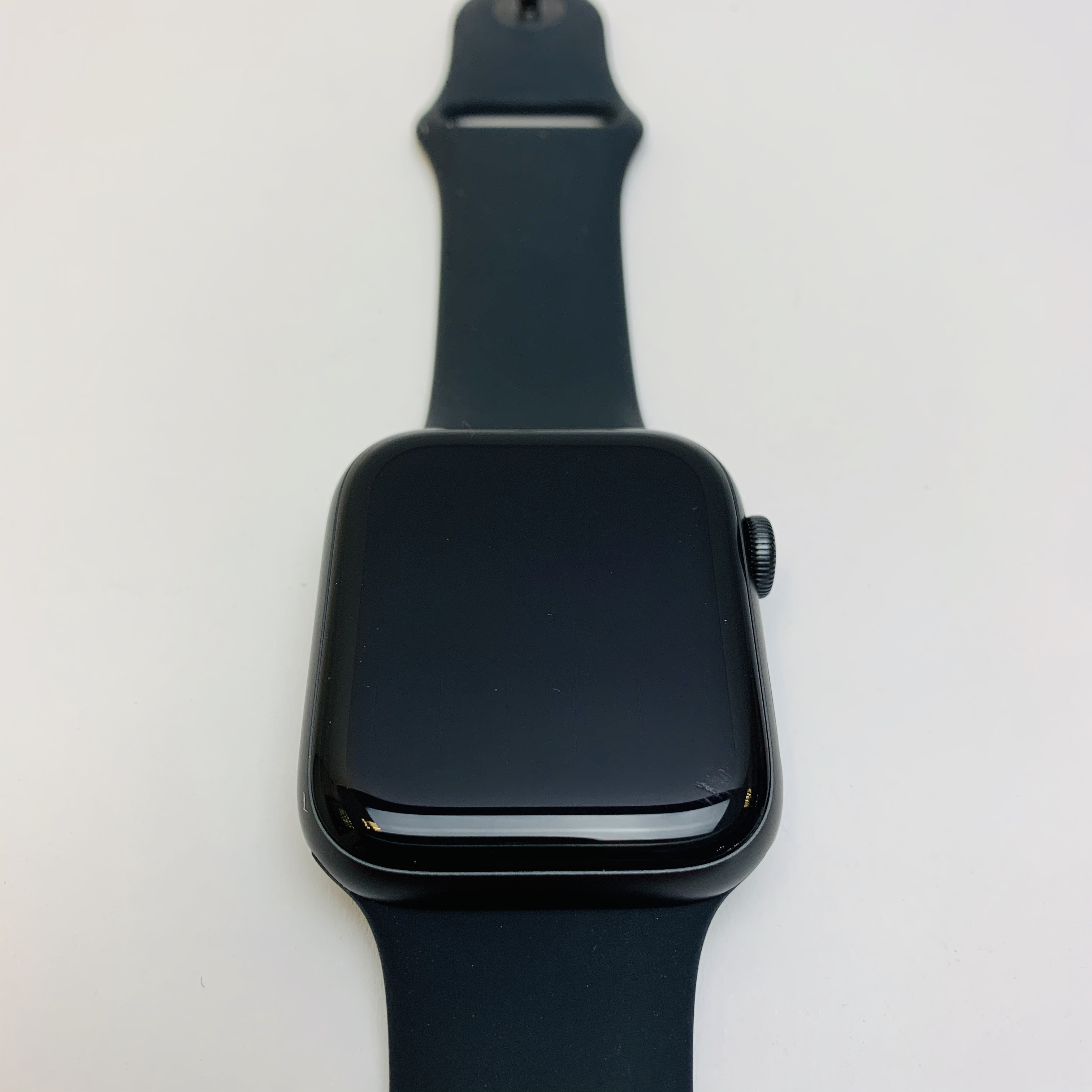 Watch Series 5 Aluminum (44mm), Space Gray, image 1